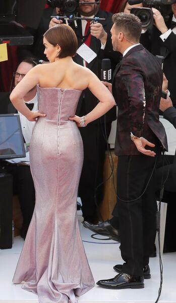 Эмилия Кларк на церемонии вручения премии Оскар