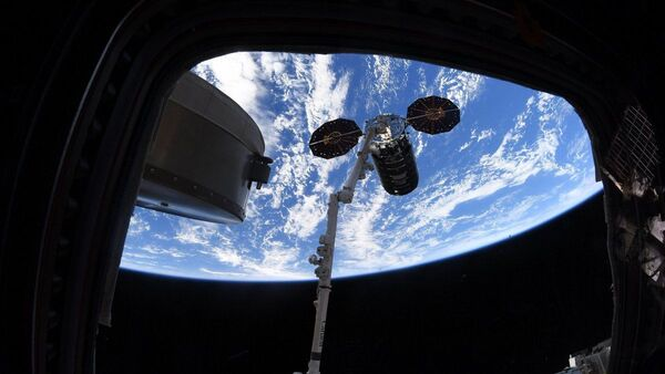 Грузовой корабль Cygnus после пуска к МКС проведет на орбите восемь месяцев