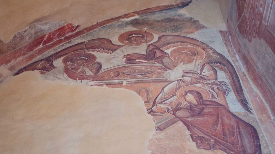 Троица ветхозаветная, гостеприимство Авраама, фреска в Троицком приделе, храм Спаса Преображения на Ильине улице, Феофан Грек, 1378 г.