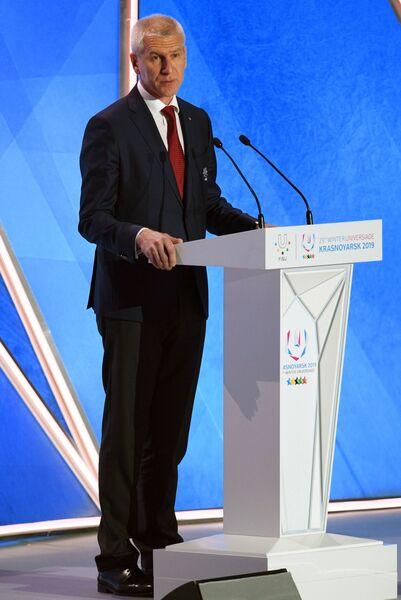 Олег Матыцин выступает на торжественной церемонии открытия Универсиады