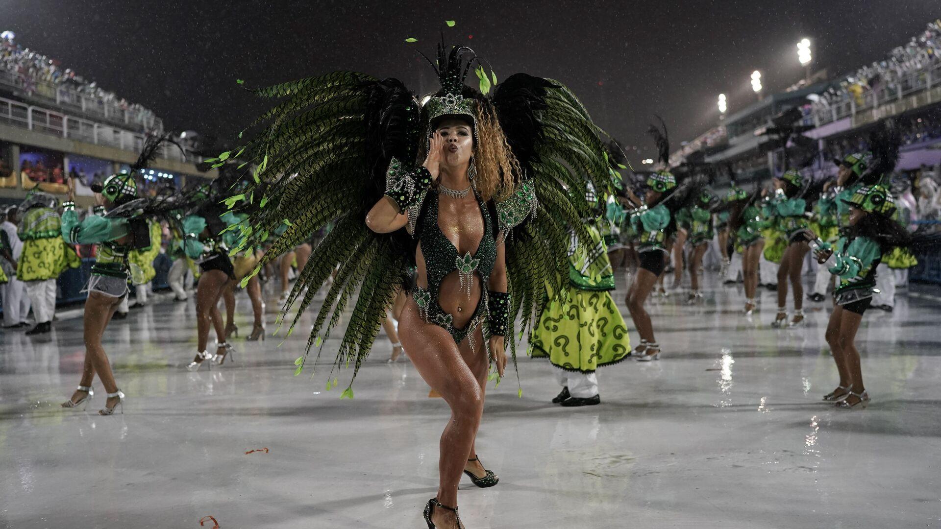 1551526911 0:160:3072:1888 1920x0 80 0 0 99c68083156ef4c7643779f35b9af78a - Ежегодный карнавал в Рио-де-Жанейро отменили из-за коронавируса