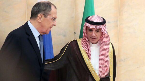 Министр иностранных дел РФ Сергей Лавров и министр иностранных дел Саудовской Аравии Адель аль-Джубейр