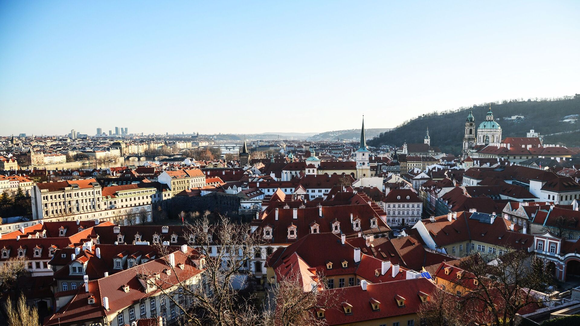 Глава Минюста Чехии опровергла слова Земана о взрывах во Врбетице