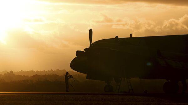 Южнокорейский самолет P3 Orion, участвующий в поисках пропавшего Боинга MH370, в аэропорту Перта, Австралия. 30 марта 2014