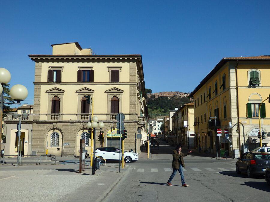 Тоскана. Чертальдо
