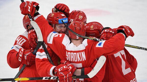 Российские хоккеисты забросили пять шайб Канаде и вышли в финал Универсиады