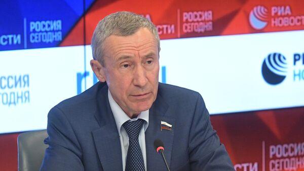 Заместитель председателя Комитета СФ по международным делам Андрей Климов