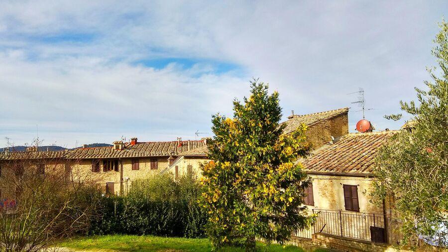 Тоскана. Жилые дома в Сан-Джиминьяно
