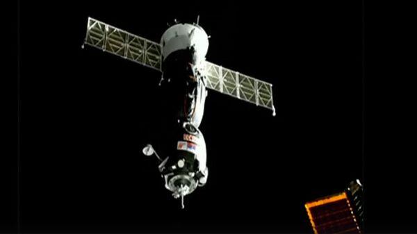 Стыковка пилотируемого корабля Союз МС-12 с МКС