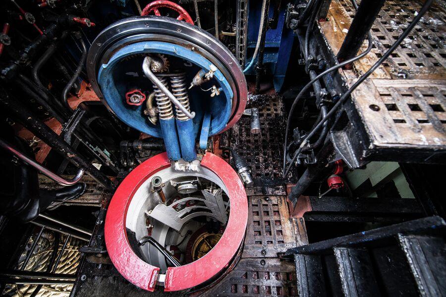 Рубочный люк подводного крейсера Юрий Долгорукий