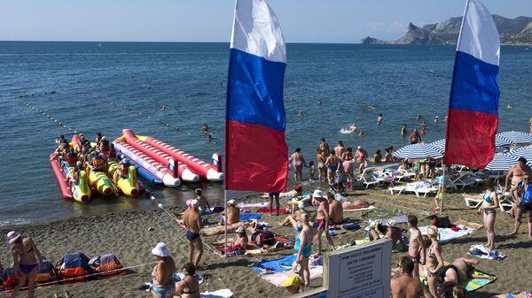 На пляже в Судаке