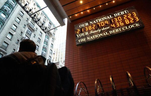 Счетчик государственного долга США на Манхэттене в Нью-Ийорке. 15 февраля 2019