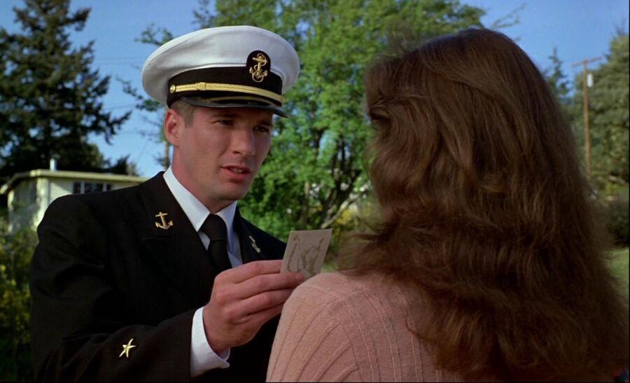 Кадр из фильма Офицер и джентльмен
