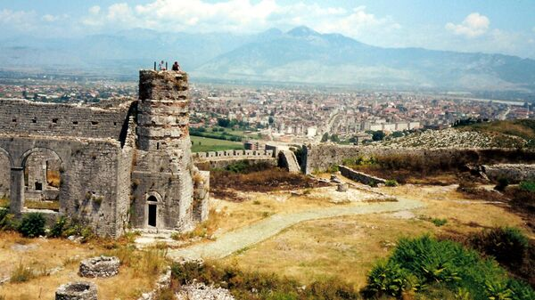 Руины крепости Розафа в Албании
