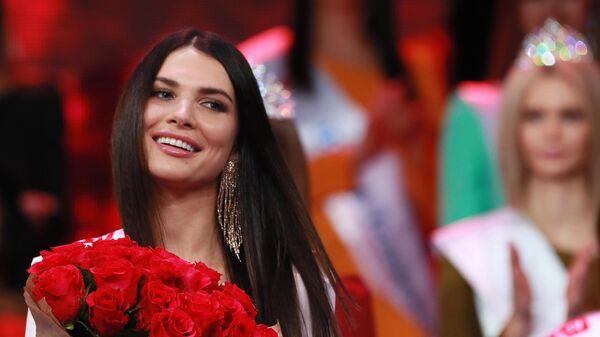 Бывшей мисс Москва пригрозили штрафом в полмиллиона рублей