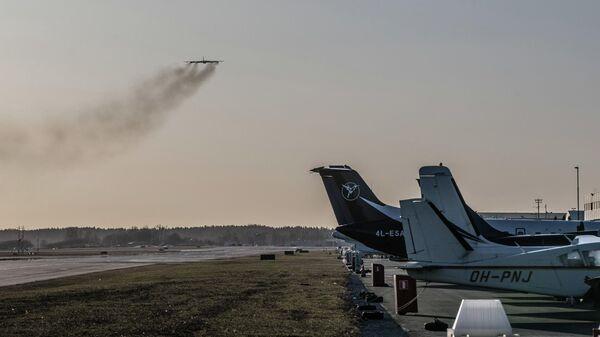 Американский самолет B-52 в воздушном пространстве Эстонии