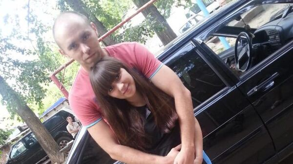 Павел Кузнецов вместе со своей девушкой Региной