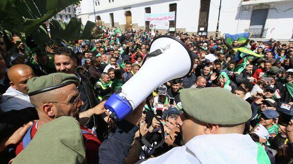 Акция протеста в столице Алжира