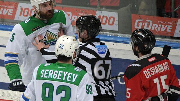 """Хартли назвал первый матч """"Авангарда"""" и """"Салавата"""" лучшим в сезоне КХЛ"""