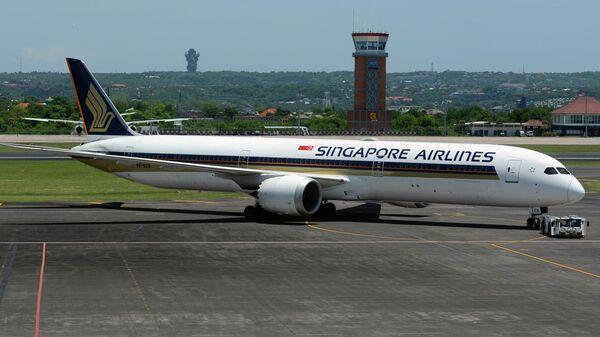 Самолет Boeing 787-10 Dreamliner авиакомпании Singapore Airlines
