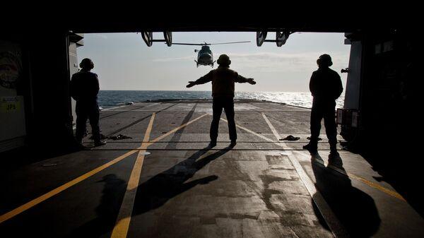 Итальянский военный корабль Aliseo во время учений НАТО в Черном море