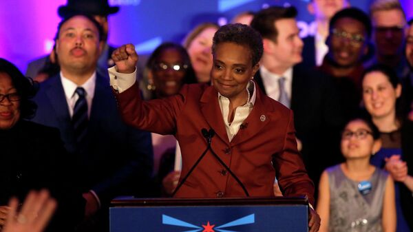 Мэром Чикаго впервые избрана темнокожая женщина нетрадиционной ориентации