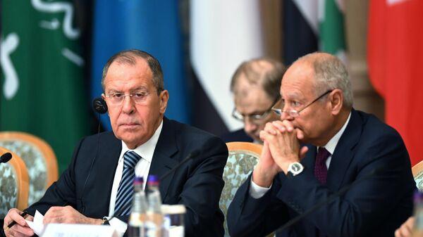 Сергей Лавров и генеральный секретарь Лиги арабских государств Ахмед Абуль-Гейт на V министерской сессии Российско-Арабского Форума сотрудничества в Москве. 16 апреля 2019
