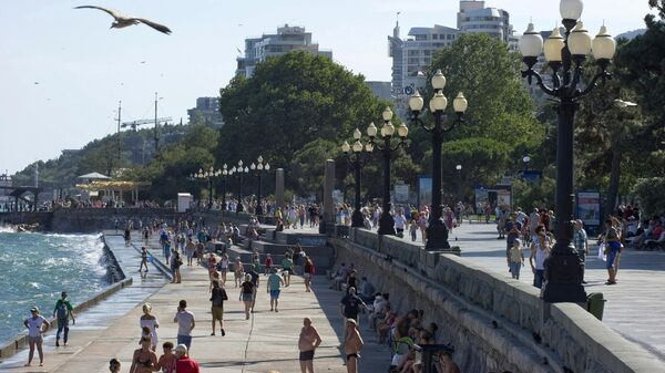 Набережная города Ялты в Крыму