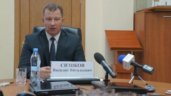 Глава города Серова Василий Сизиков