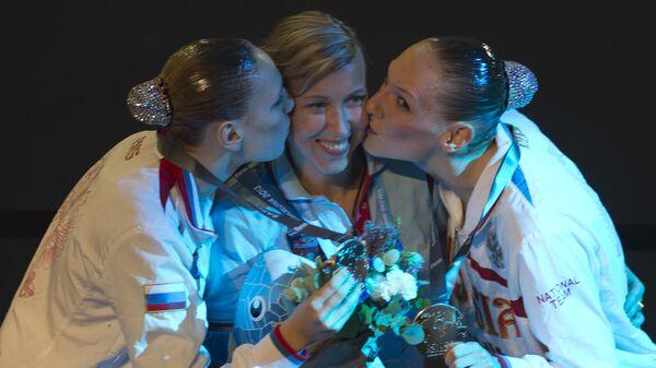 Татьяна Данченко (в центре), Светлана Ромашина (справа) и Светлана Колесниченко