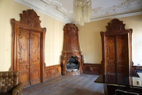 Общий вид будуара Елены Ивановна в Доме Набокова в Санкт-Петербурге