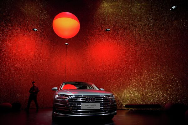 Автомобиль Audi A8L на автосалоне в Шанхае