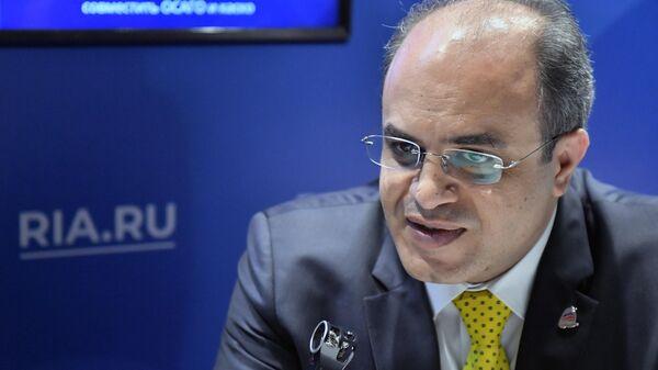Министр экономики и внешней торговли Сирии Самер аль-Халиль во время интервью на стенде МИА Россия Сегодня на полях Ялтинского экономического форума