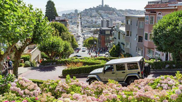 Ломбард-стрит в Сан-Франциско