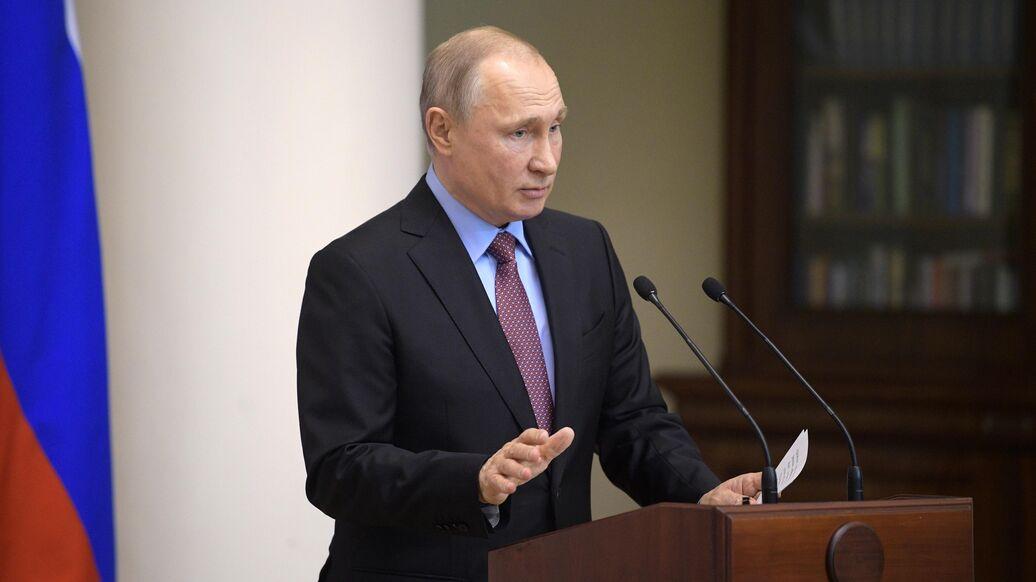 Путин объяснил упрощение выдачи российских паспортов жителям ДНР и ЛНР