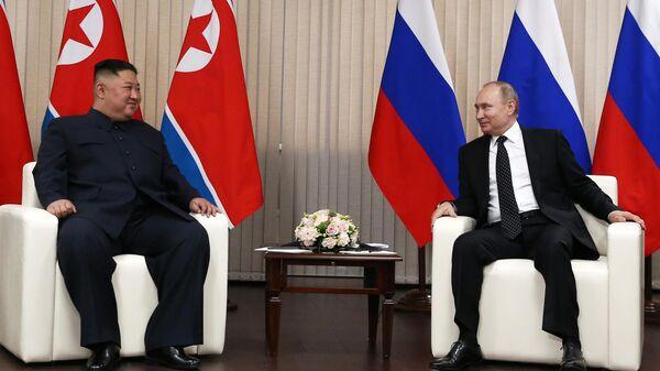 Президент РФ В. Путин встретился с лидером КНДР Ким Чен Ыном