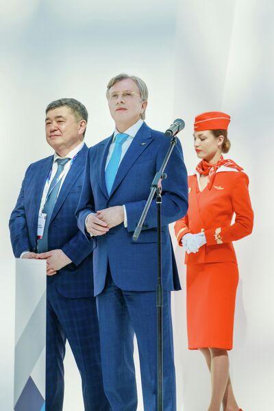 Форум открыли генеральный директор ПАО Аэрофлот Виталий Савельев и генеральный директор АО Аэромар Владимир Джао.