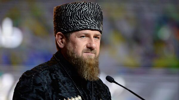 Глава Чеченской Республики Рамзан Кадыров выступает в Государственном театрально-концертном зале Грозного на праздновании Дня чеченского языка в Грозном
