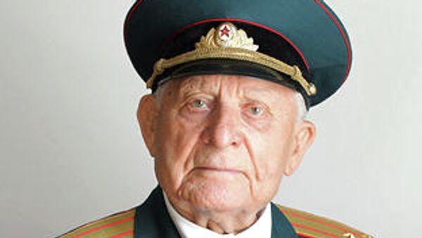 Герой Советского Союза Дмитрий Бакуров