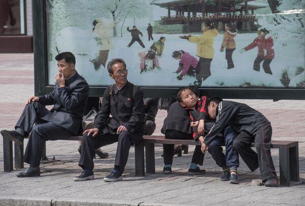На одной из улиц Пхеньяна
