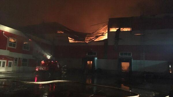 Пожар в здании распределительного центра в Воронежской области. 28 апреля 2019
