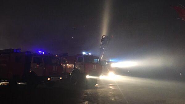 Тушение пожара в здании распределительного центра в Воронежской области. 28 апреля 2019