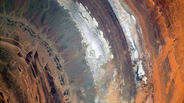 Структура Ришат в пустыне Сахара с борта Международной космической станции