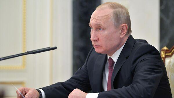 Путин снял запрет на перестрахование рисков по ОСАГО