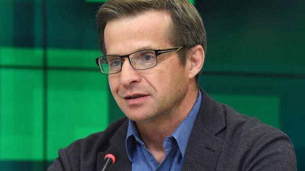 Павел Караулов на пресс-конференции в Международном мультимедийном пресс-центре МИА Россия сегодня в Москве