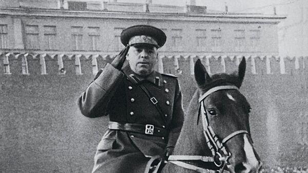 Маршал Советского Союза, дважды Герой Советского Союза Василевский Александр Михайлович на параде Победы 7 ноября 1949 г.