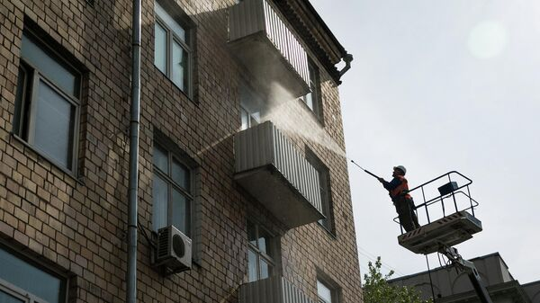 Мойка фасадов домов в Москве