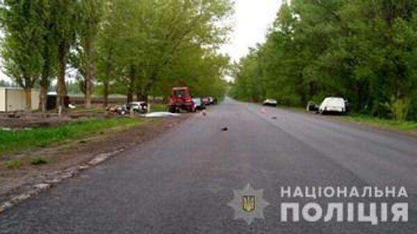 Место ДТП с участием автомобиля Chevrolet Niva и мотоцикла в Киевской области Украины