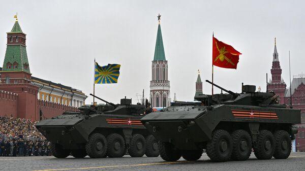 Бронетранспортер Бумеранг с боевым модулем К-16 на военном параде на Красной площади, посвящённом 74-й годовщине Победы в Великой Отечественной войне