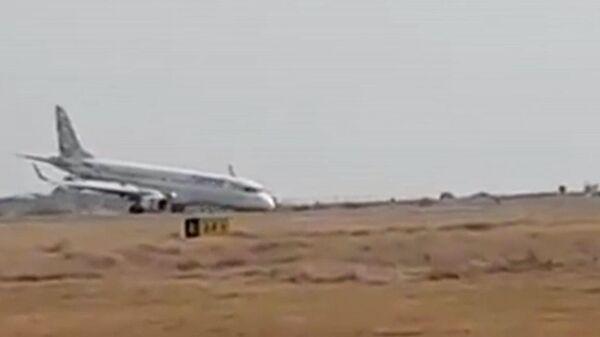 Опубликовано видео посадки на брюхо самолета в Мьянме